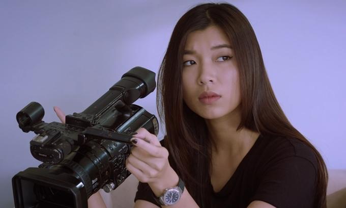 Đồng Ánh Quỳnh vào vai nữ quay phim.