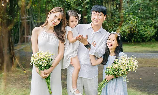 Hồ Hoài Anh khẳng định vợ chồng vẫn hạnh phúc