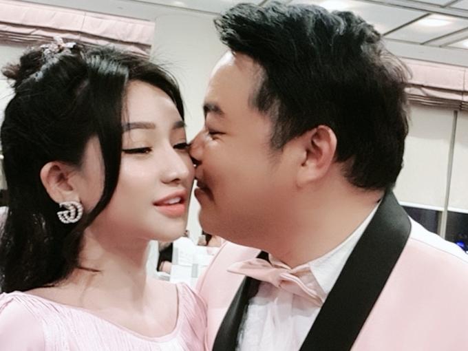 Quang Lê hôn vợ cũ Hồ Quang Hiếu