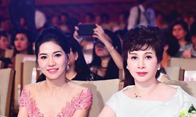 Người phụ nữ đứng sau vẻ đẹp 'không tuổi' của sao Việt