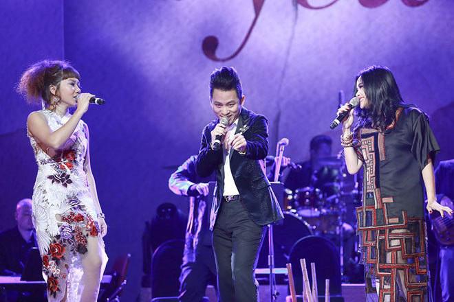 Hà Trần, Tùng Dương, Thanh Lam (từ trái sang).