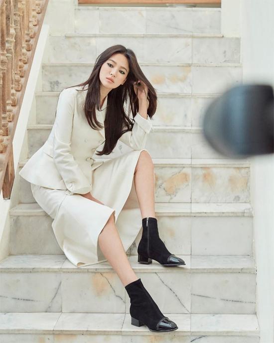 Hình ảnh mới của Song Hye Kyo trên trang cá nhân.