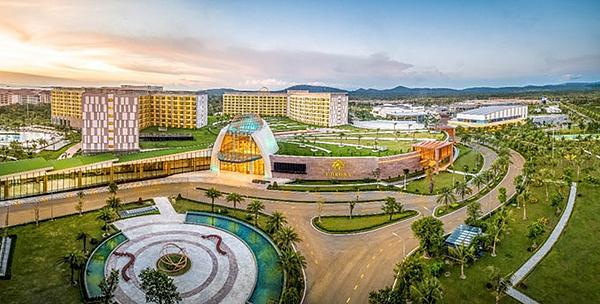 World Travel Awards - WTA là sự kiện được ví như Oscar ngành du lịch thế giới, sẽ được tổ chức vào ngày 12/10/2019 với sự hiện diện của hàng trăm thương hiệu du lịch lữ hành tầm cỡ châu lục tại Vinpearl Phú Quốc. Trong 26 năm qua, WTA liên tục khẳng định chuẩn mực toàn cầu và là sự đảm bảo về chất lượng dịch vụ xuất sắc của các thương hiệu hàng đầu trong ngành du lịch.