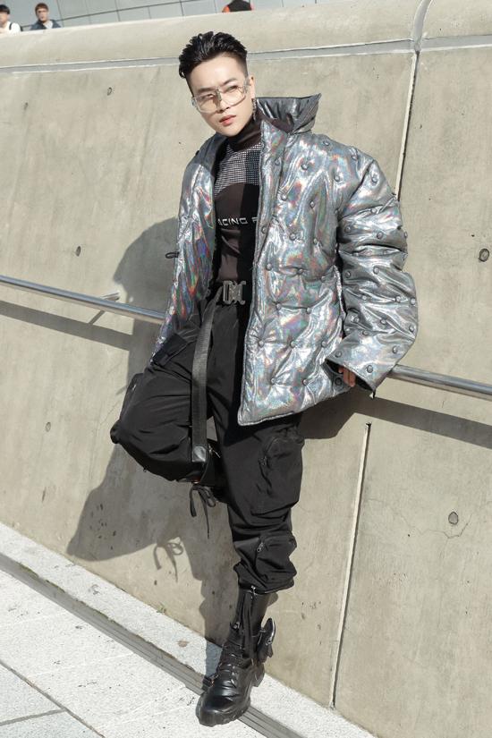 Sự xuất hiện của Ti Ti (cựu thành viên nhóm HKT) cũng khiến nhiều khán giả bất ngờ bởi cách thay đổi phong cách của anh.