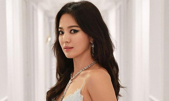 Hai người ra tòa vì bịa chuyện về Song Hye Kyo