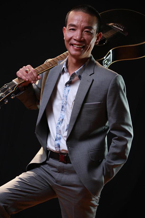 Nhạc sĩ Nguyễn Vĩnh Tiến ở tuổi 45.