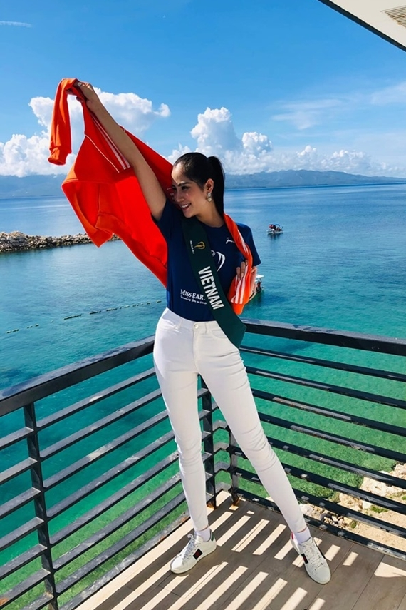 Hoàng Hạnh cho biết cô nỗ lực hết mình để gặt hái kết quả tốt, tiếp nối thành công vương miện Miss Earth 2018 của Phương Khánh.