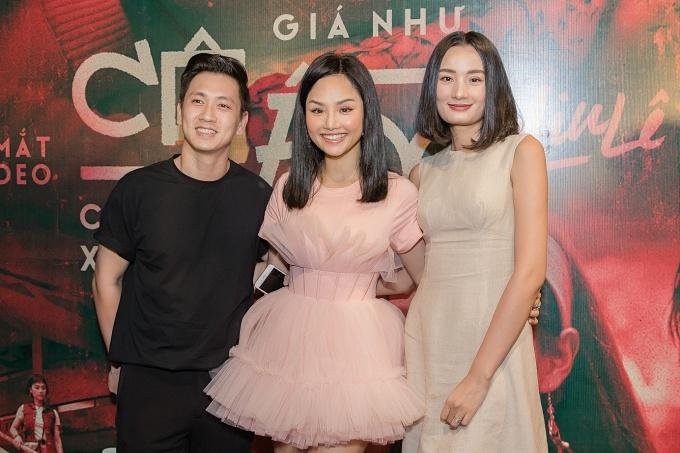 Vợ chồng diễn viên Đỗ An - người mẫu Lê Thuý sánh đôi đến chúc mừng Miu Lê. Nữ ca sĩ và Đỗ An từng có dịp hợp tác chung trong dự án phim điện ảnh Bạn gái tôi là sếp.