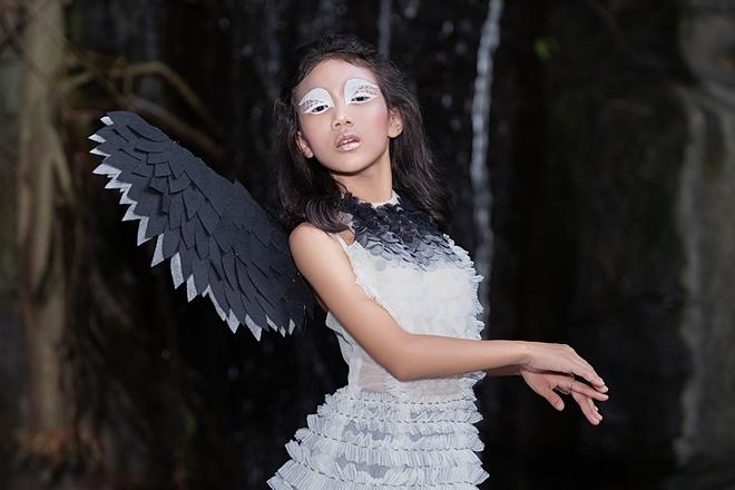 Hình tượng nàng thiên nga mạnh mẽ,tôn vinh vẻ đẹp cá tính của người mẫu nhí 9 tuổi Võ An An.