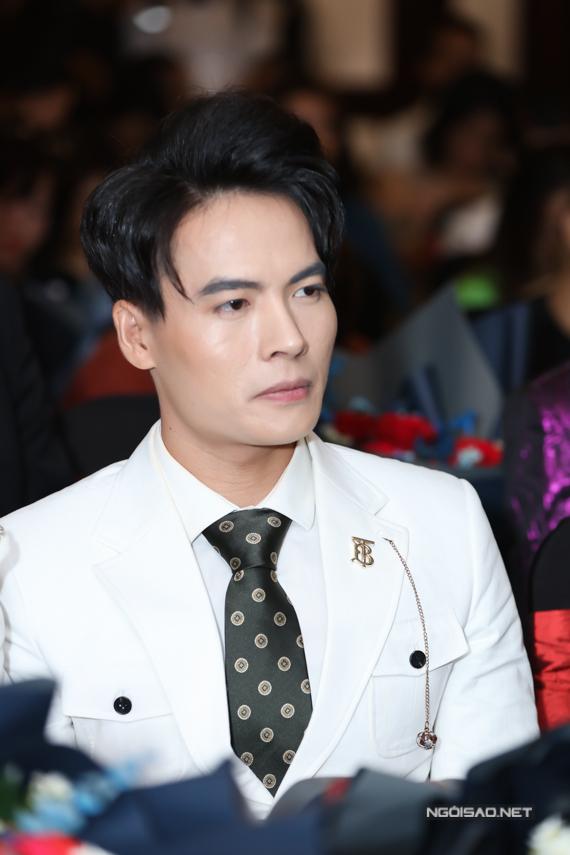 Diễn viên Võ Tấn Phát quen thuộc với khán giả qua cuộc thi Cười xuyên Việt 2017 mà anh giành giải quán quân.