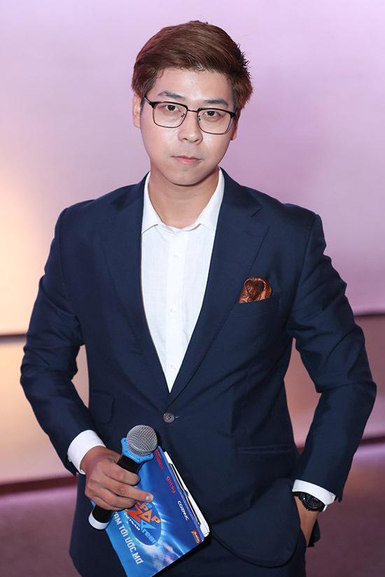 MC Vĩnh Phú dẫn dắt buổi họp báo công bố cuộc thi Z-POP Dream 2019, tại TP HCM.