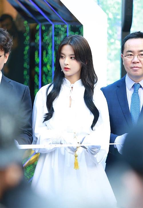Mỹ nhân đẹp nhất Trung Quốc được báo Hàn khen ngợi - 4