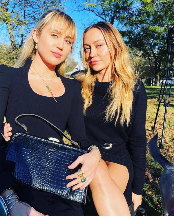 Tháng 12 năm ngoái, Miley Cyrus cũng kết hôn tại nơi đây với Liam Hemsworth. Cuộc hôn nhân của họ chỉ kéo dài 8 tháng. Từ sau khi ly hôn, Miley nhanh chóng có cuộc tình khác với nữ blogger Kaitlynn Carter, sau đó là nam ca sĩ Australia, Cody Simpson.