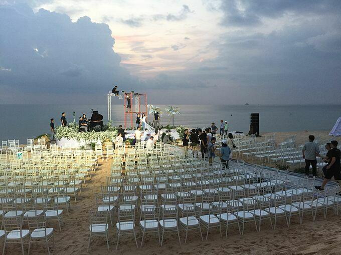 Loạt ảnh chuẩn bị đám cưới Đông Nhi - Ông Cao Thắng tạiVinpearl Phú Quốc