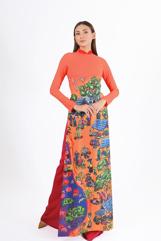 Trong khi hai chị gái giã từ sự nghiệp người mẫu khá sớm thì cô em út Võ Hoàng Yến lại gặt hái được nhiều thành công, tạo nên dấu ấn đặc biệt và tên tuổi trong làng thời trang Việt Nam.