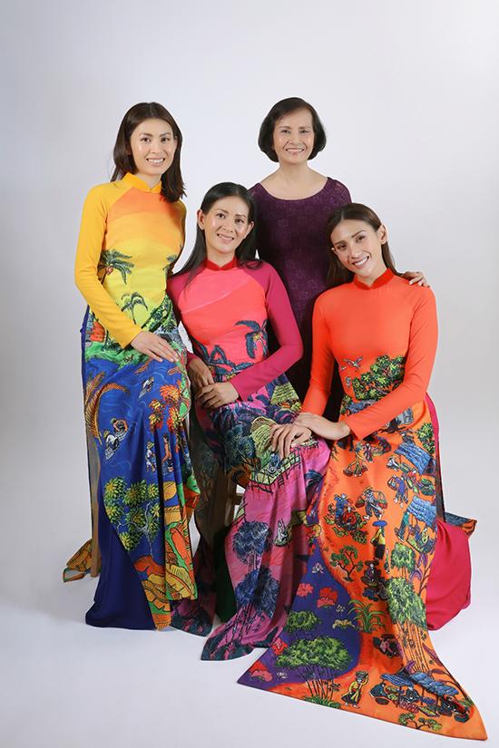 Lần đầu tiên, phái đẹp của gia đình Võ Hoàng Yến cùng làm mẫu ảnh trong bộ sưu tập mới nhất của nhà thiết kế áo dài Thuận Việt.