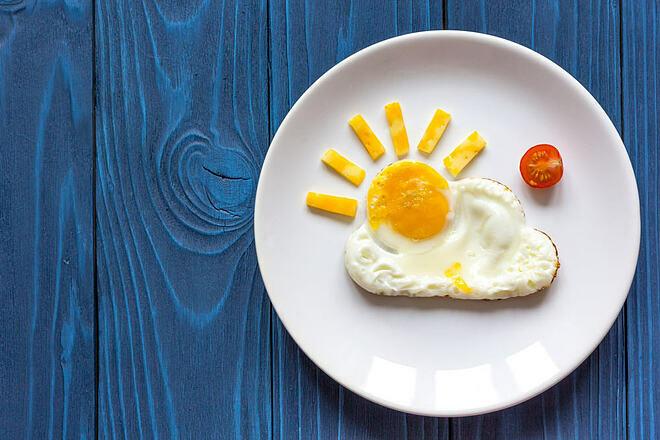 Bữa sáng có thể không thực sự cần thiết với những người dậy muộn và không hoạt động nhiều vào buổi sáng.