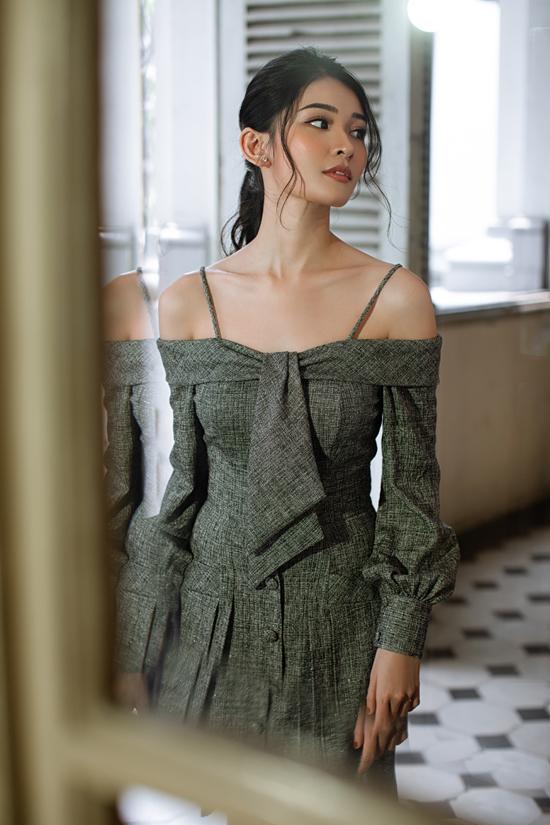 Dấu ấn của dòng thời trang cổ điển luôn giúp phái đẹp có được nét trang nhã và thanh lịch.
