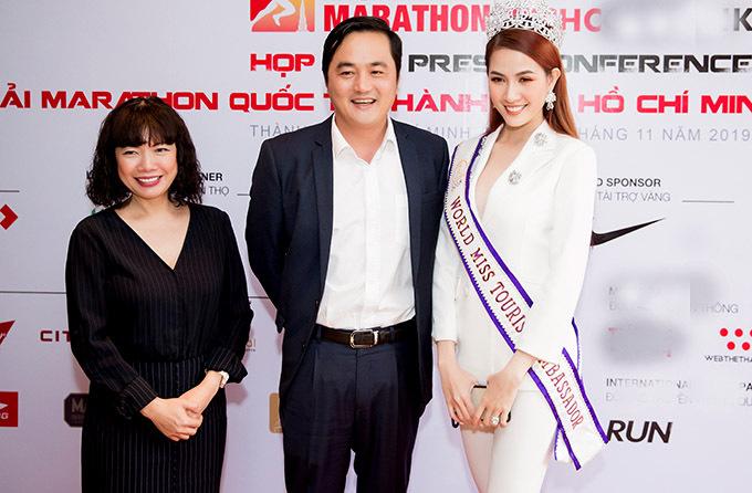 [Caption Gần 13.000 vận động viên sẽ tham gia Giải Marathon Quốc tế Thành phố Hồ Chí Minh Techcombank 2019, tăng 44,79% so với năm 2018. Hơn 70 Doanh nghiệp đã sẵn sàng tranh tài ở hạng mục Thử thách Doanh Nghiệp. Giải đấu được thực hiện bởi Trung Tâm Xúc Tiến Du Lịch và Sunrise Events Việt Nam cùng với sự phối hợp của 29 đơn vị ban ngành Khi các vận động viên hoàn thành cự ly thi đấu trong thời gian quy định, với mỗi km hoàn thành, Techcombank sẽ đóng góp 10.000VNĐ vào các hoạt động từ thiện và hỗ trợ tài năng trẻ thành phố Giải Marathon Quốc tế Thành phố Hồ Chí Minh Techcombank là thành viên của Hiệp hội Marathon Thế giới (AIMS) và là một sự kiện đạt tiêu chuẩn để các vận động viên ở nhóm tuổi từ 40 trở lên có cơ hội được cộng điểm trên Hệ Thống Xếp Hạng Quốc Tế theo nhóm tuổi Wanda Abbott Marathon Major. Sự kiện hướng đến việc bảo vệ môi trường với thông điệp Một cung đường xanh, một thành phố xanh và đóng góp cho các Quỹ từ thiện Thành Phố Ra mắt bộ huy chương hoàn thành cuộc đua với thiết kế hình dáng số '6' tượng trương cho 6 quận nằm trong đường đua