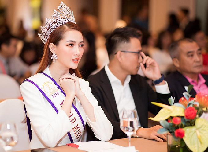 [CaptionHoa hậu Đại Sứ Du Lịch Thế Giới 2018 Phan Thị Mơ trở thành đại sứ hình ảnh của Giải Marathon Quốc tế Thành phố Hồ Chí Minh Techcombank mùa thứ 3 năm 2019