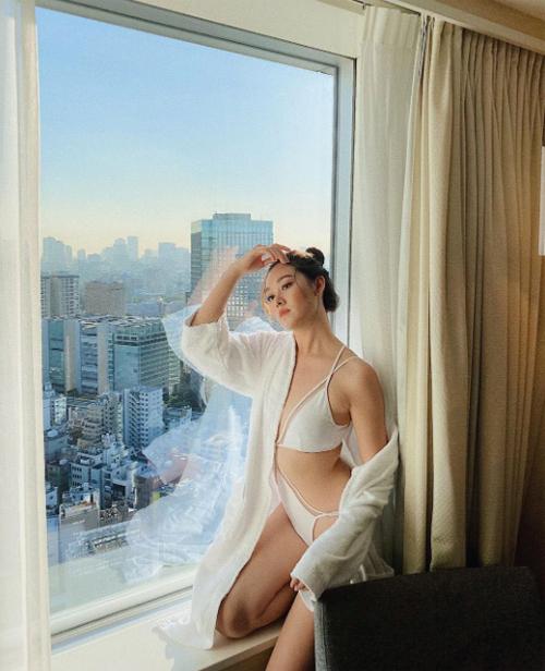 Á hậu Nguyễn Tường San vừa kết thúc hành trình ở cuộc thi Miss International 2019 với vị trí Top 8. Diễn ra ở nhiều thành phố tại Nhật Bản, cuộc thi không chỉ là nơi những người đẹp thi thố tài năng mà còn là cơ hội để quảng bá, giới thiệu văn hóa xứ sở phù tang đến với du khách khắp nơi trên thế giới. Tranh thủ những ngày ở đây, người đẹp Hà thành cũng đã có nhiều trải nghiệm thú vị khi lần đầu tới Nhật Bản.