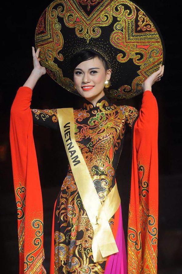 Ba lần áo dài thắng giải Trang phục dân tộc đẹp nhất - 1
