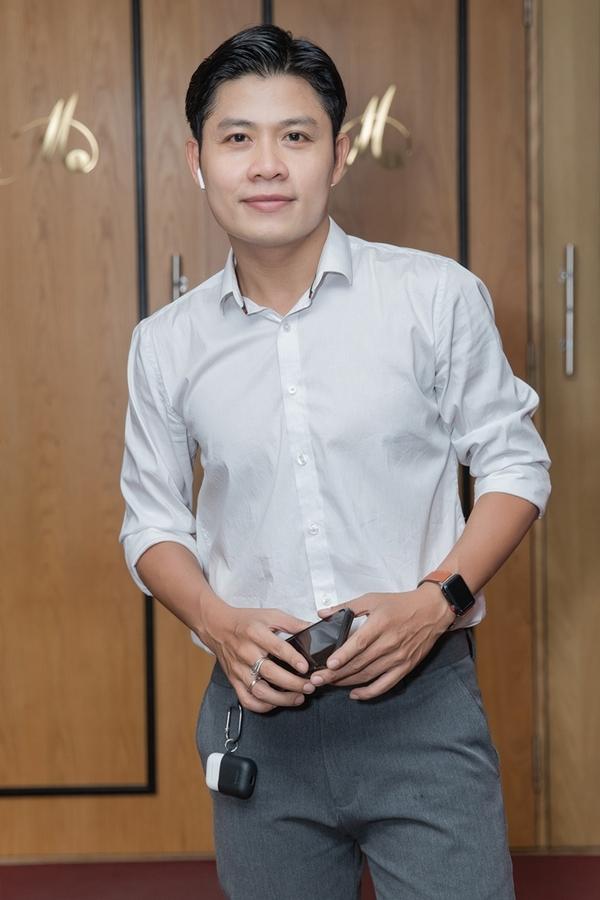 Ở liveshow sắp tới của học trò, Nguyễn Văn Chung sẽ đảm nhận cả vai trò giám đốc âm nhạc.