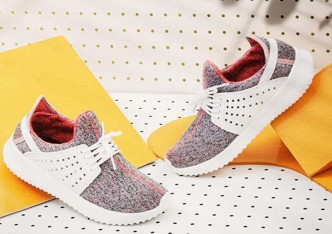 Sneaker Erosska ZR013 (BA) thích hợp với những cô gái chuộng phong cách năng động.