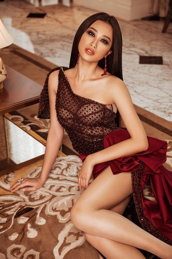 Phạm Thị Anh Thư từng có kinh nghiệm dự thi: Hoa khôi Áo dài 2016 (top 5), Hoa hậu Thế giới Việt Nam 2019 (top 15).