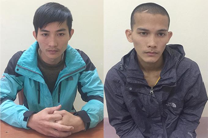 ghi can Hoàng (trái) và Huy tại cơ quan điều tra. Ảnh: H.L