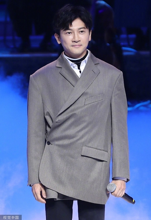 Tô Hữu Bằng là khách mời biểu diễn của đêm khai mạc LHP.