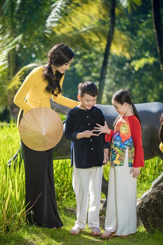 HHen Niê mặc áo bà ba Thuận Việt - 9