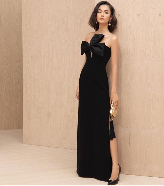 Trên các dáng váy đơn sắc, từng thiết kế được chăm chút các chi tiết bèo nhún, thắt nơ một cách tinh tế.