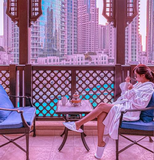 Khách sạn giữa sa mạc trong chuyến đi Dubai của nhà Minh Nhựa - 8