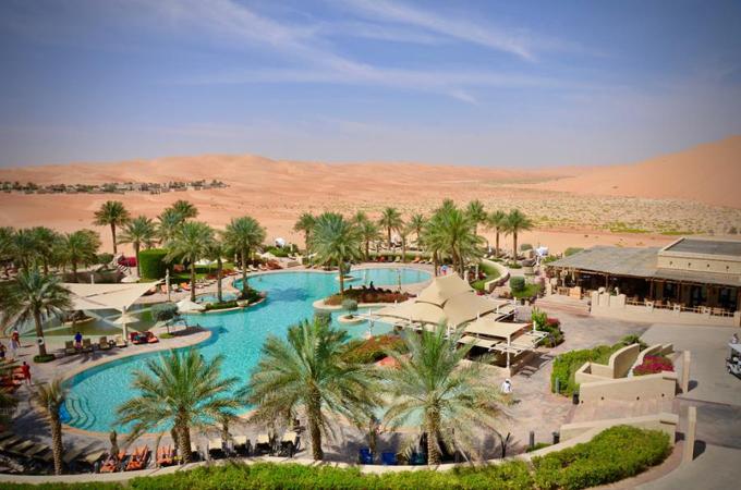 Khách sạn giữa sa mạc trong chuyến đi Dubai của nhà Minh Nhựa - 9