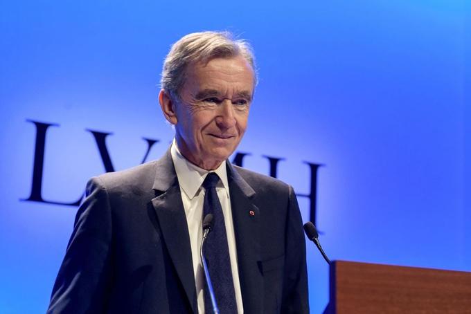 Tỷ phú Bernard Arnault, chủ tịch tập đoàn LVMH. Ảnh: AP.