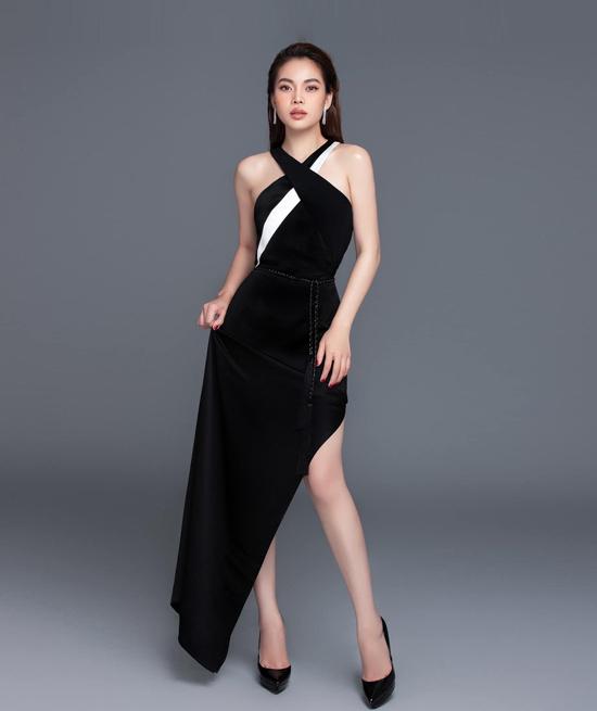 Angela Phương Trinh đụng váy với loạt mỹ nhân - 1