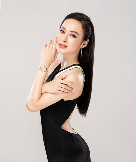 Angela Phương Trinh đụng váy với loạt mỹ nhân