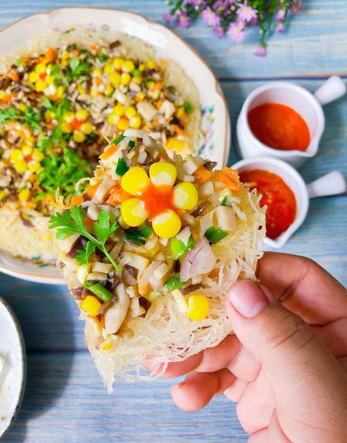 Bún gạo chiên giòn sốt nấm - 1