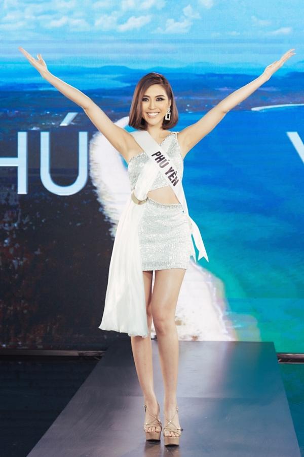 Nguyễn Đặng Tường Linh chiến thắng thử thách bởi phong thái trình diễn, tiếng Anh lưu loát và nội dung giới thiệu ngắn gọn, ý nghĩa.