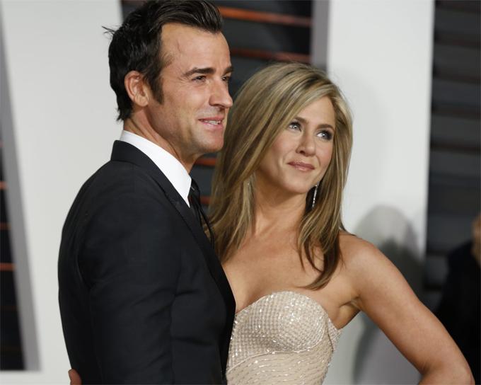 Jen và chồng cũ làm bạn bè sau ly hôn.