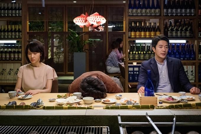 Niềm vui của Sang Cheol lại là nỗi bi hài của Sun Young và Hyun Woo.
