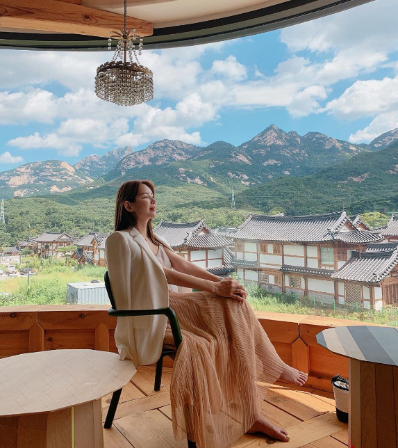 Nhà hàng view đẹp Hari giới thiệu trong show Hàn - 8