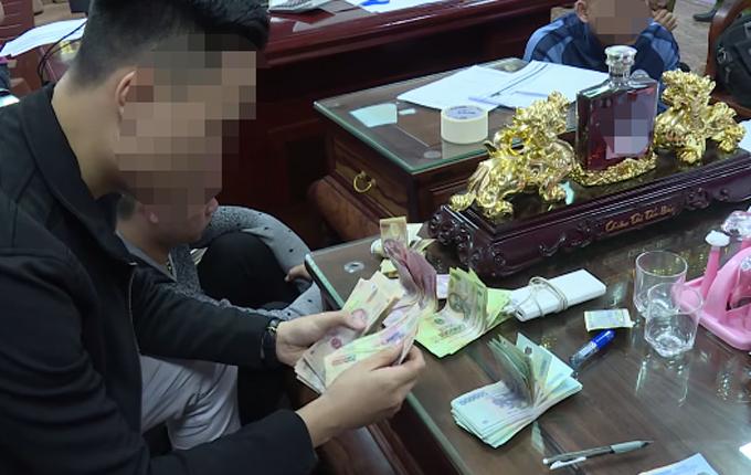 Đường dây cá độ bóng đá cho vay nặng lãi ở Bắc Ninh bị triệt phá - 1