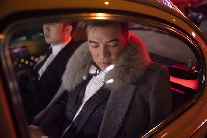 Toàn bộ những bộ suit lịch lãm trong bộ ảnh do Mr. Đàm tự tay chuẩn bị cùng stylist Koo Leo.