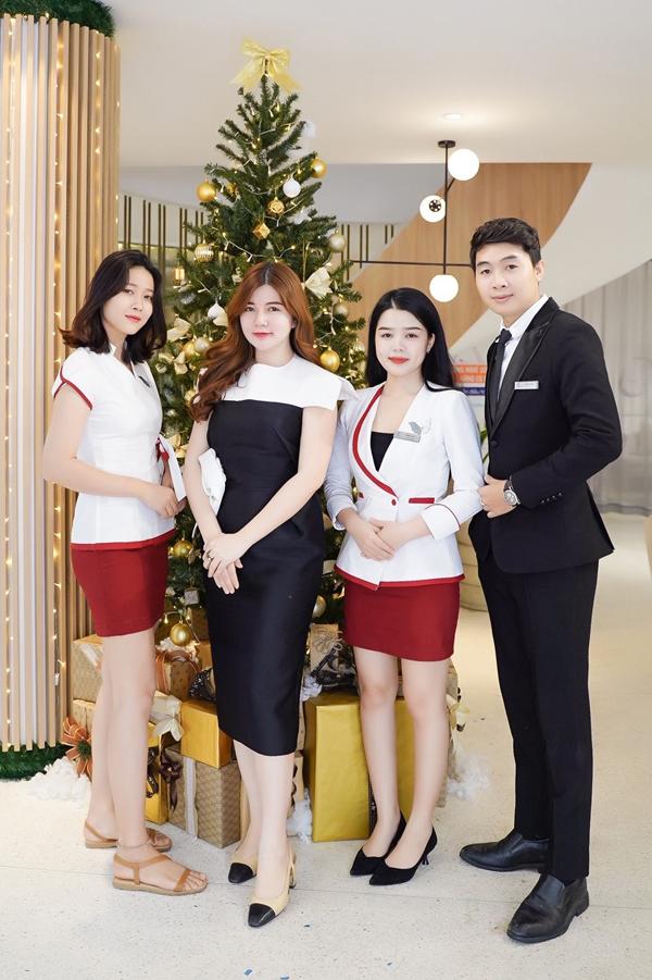 CEO Shynh Group Lê Thị Xuân cũng trực tiếp tham gia và chia sẻ cùng những khách hàng tham dự.