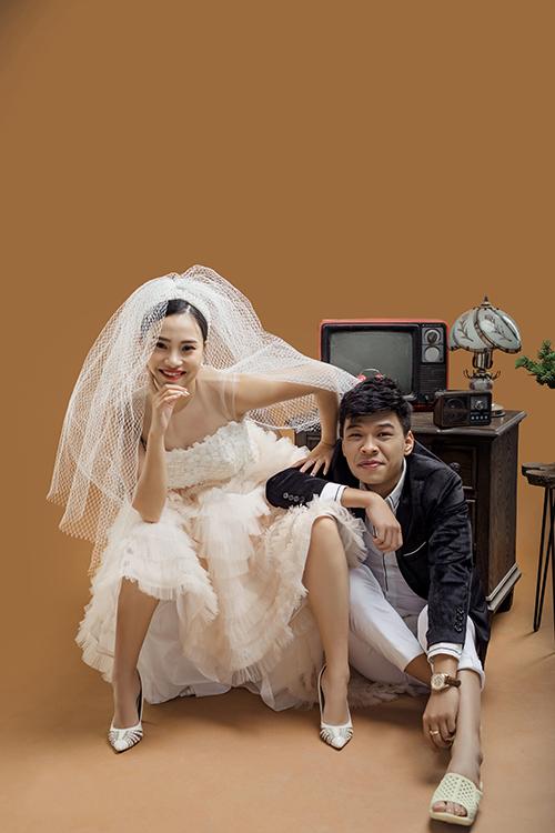 Cặp 9X sẽ tổ chức lễ ăn hỏi ngày 27/12 và đám cưới hôm 5/1/2020 - đúng dịp kỷ niệm 3 năm yêu.