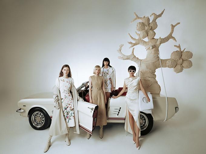 Bộ sưu tập Pre-Fall 2020 của Công Trí được ra đời dựa trên ý niệm về khao khát dịch chuyển của những người phụ nữ hiện đại.
