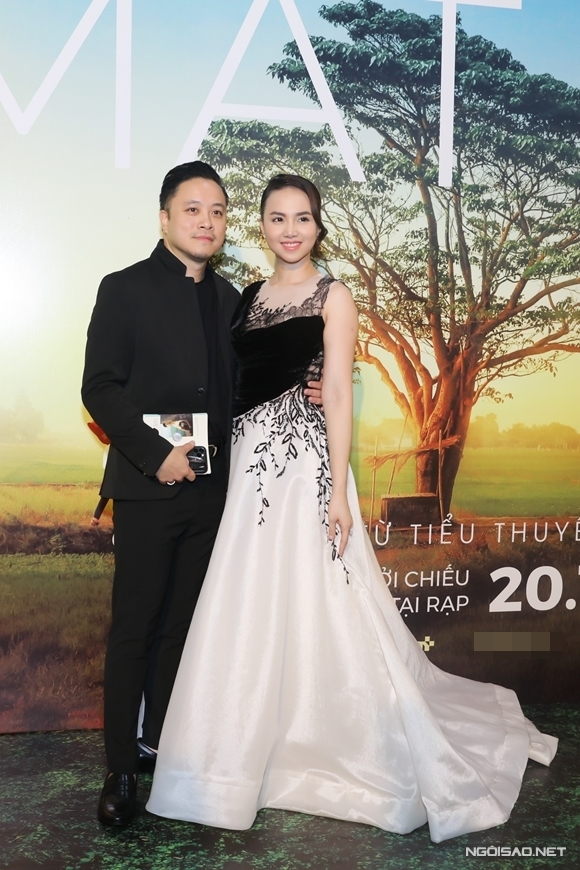 Đinh Ngọc Diệp điều hành sản xuất dự án phim của chồng.
