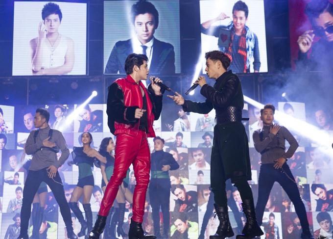 Noo Phước Thịnh cũng là khách mời trong concert của đồng nghiệp. Anh hát Gạt đi nước mắt.